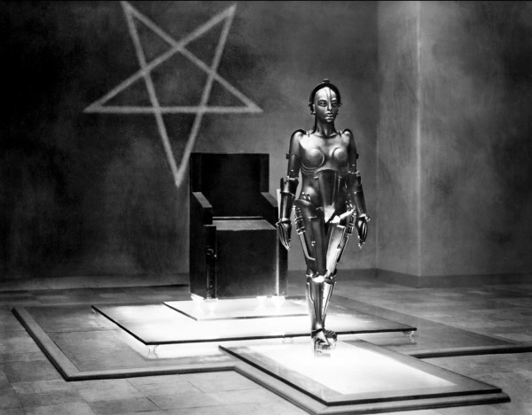 metropolis4-maria-robot-star1